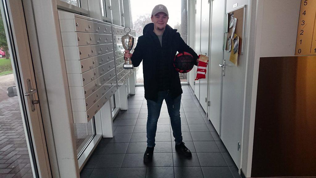 Winnende teamcaptain Jeroen van Oosterhoud